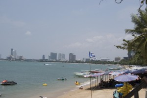 Blick auf den Jomtien Beach Pattaya Photo CC by Teachingsagittarian