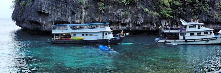 Loh Samah Bay Phi Phi Leh