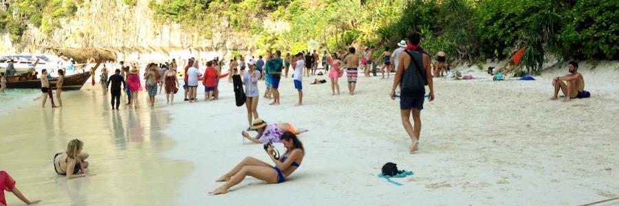 Überlaufene Maya Bay Thailand