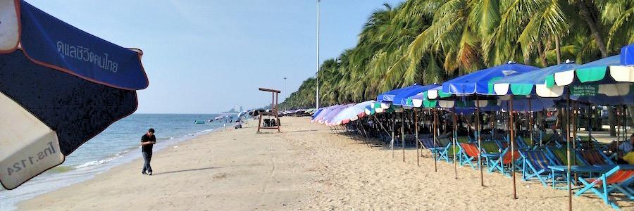 Bang Saen Beach Chonbrui Thailand Liegen