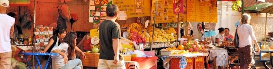 Straßenrestaurant-Bangkok-Thailand-Rambuttri-Alley-